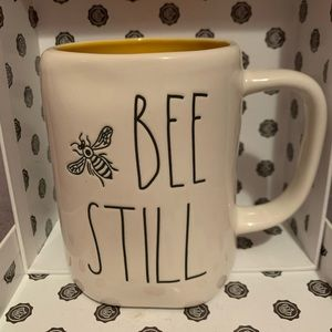 Rae Dunn Bee Still coffee mug, yellow inside, NEW
